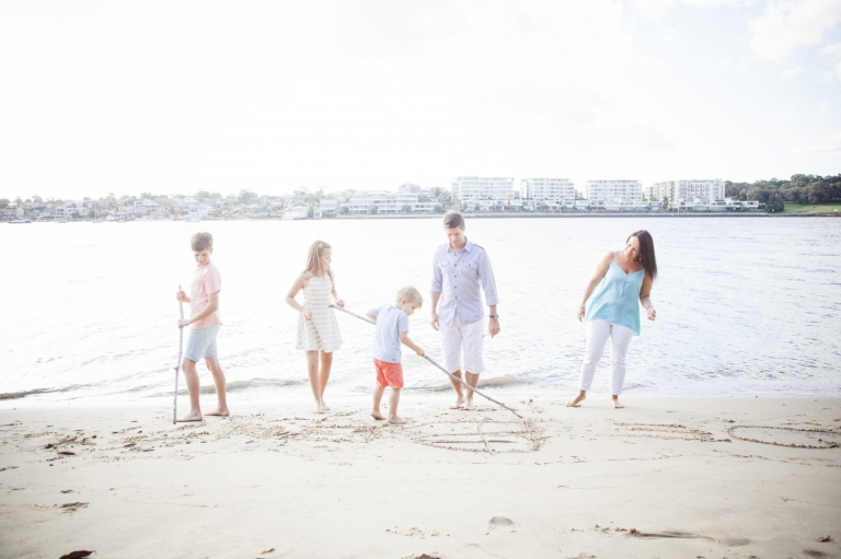 Zest Foto BLOG Professional family portraits photography Sydney, couples photography, extended family, kids photography, engagement photography.